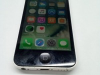 *Мобильный телефон iPhone 5C 8Gb White