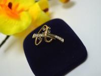 Кольцо с камнями Золото 585 (14K) вес 3.15 гр.