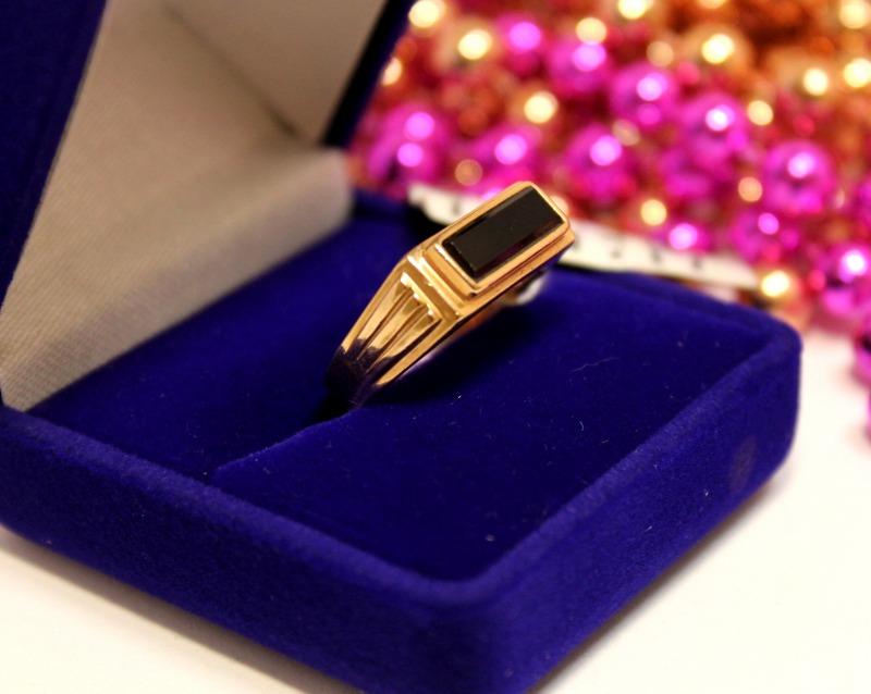 Кольцо 3Н98/1 Золото 585 (14K) вес 4.12 гр.