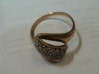 Кольцо с камн. Золото 585 (14K) вес 4.62 г