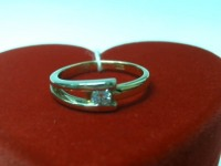 Кольцо с бриллиантом Золото 750 (18K) вес 3.08 г