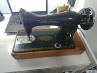 Швейная машинка СССР электрическая