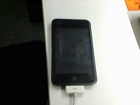 *MP3-плеер IPod touch 8 Gb