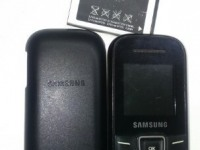 *Мобильный телефон Samsung GT-E 1200I